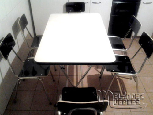 Mesa Plegable de Adulto+ Sillas Apilables de Adulto